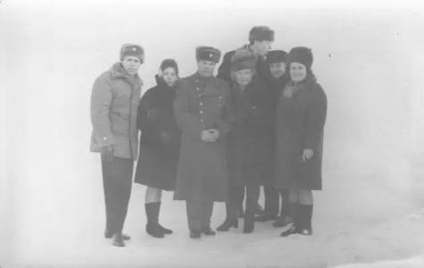 На отдыхе, начало 70-х. Хитров А.И., Добреля Н.Л.,Куркин С.А,Хакимов Х.Х. с женами.