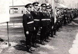 Торжественное построение полка (год?)